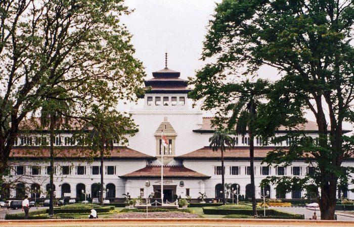 Paket Study Tour Bandung 1 Hari