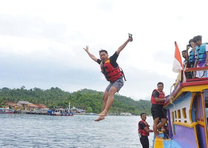 Paket Wisata Pulau Karimunjawa Murah