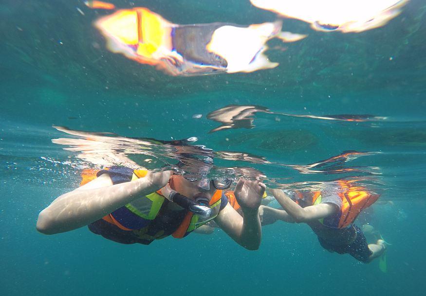 Berwisata ke Lokasi Pulau Umang Ujung Kulon