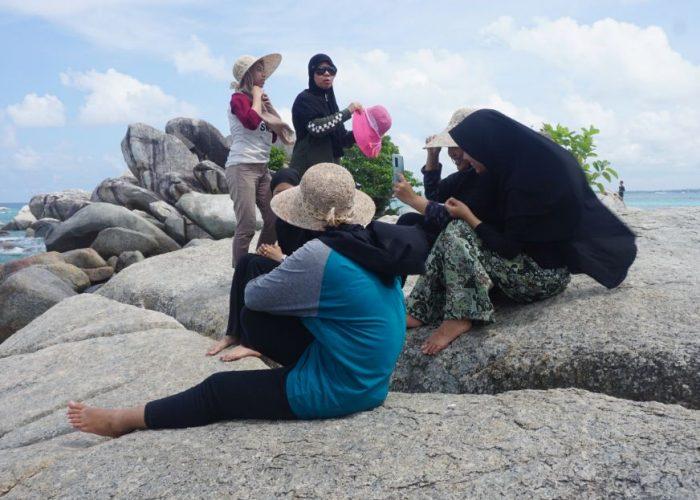 Bandara Ke Belitung dan Tempat Wisata Alam di Sekitarnya
